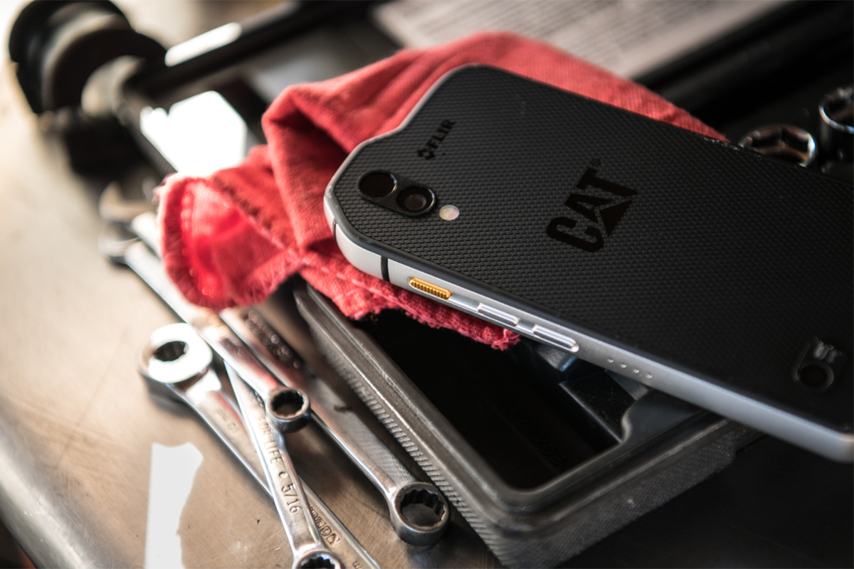 Introducing the Cat S61 – Packed with integrated tools of the trade